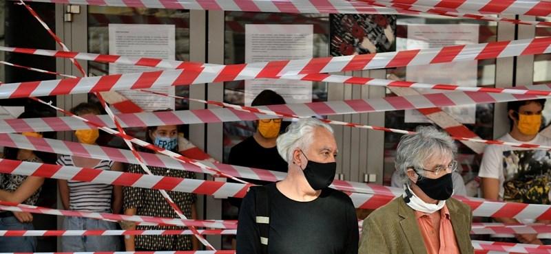Két demonstráció lesz ma a Színművészetinél