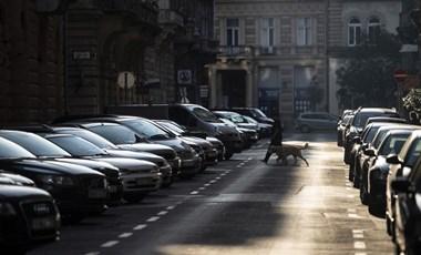 Bevenné a gyomra, ha tízezreket kellene fizetnie, hogy a saját háza előtt parkoljon?