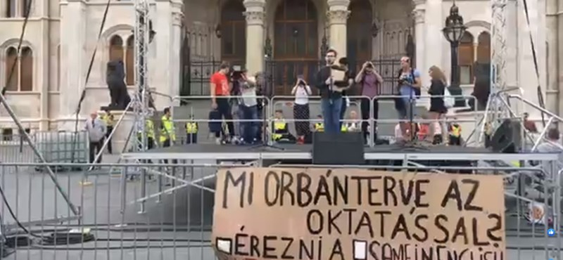 Nemzeti Konzultációt indítanak diákok a nyelvvizsga-törvényről