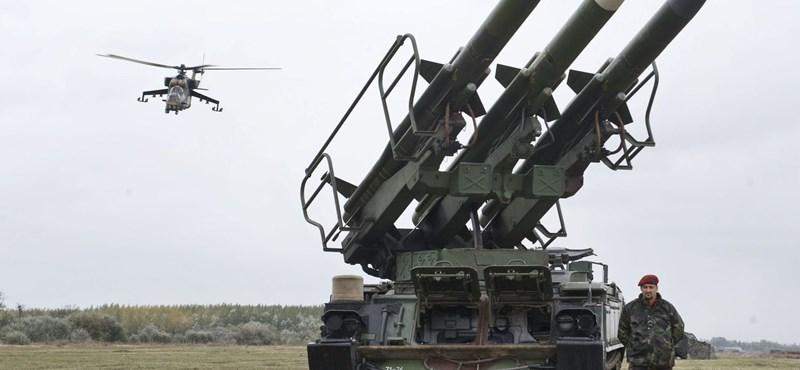 Komolyan fejleszti haderejét Törökország