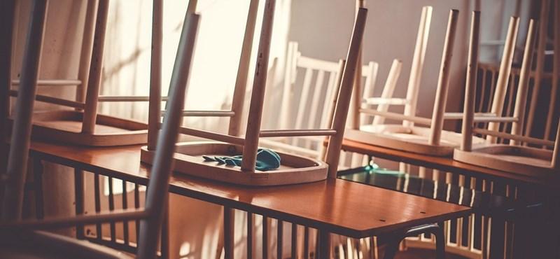 Országos tanártüntetés lesz ma, a minisztérium már óvatosabban sorosozik
