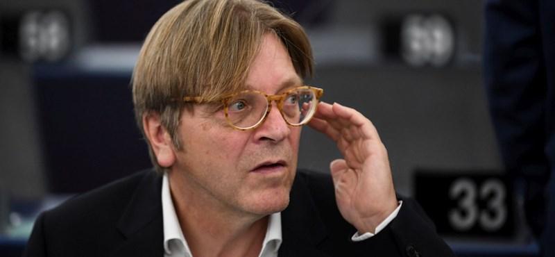 Verhofstadt szerint Orbánt csak a magyar szavazók állíthatják meg