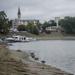 Ismeretlen szennyező anyagot öntött egy férfi a bajai csatornahálózatba