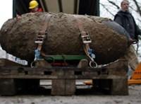 Világháborús bomba miatt evakuálták egy fél olasz várost