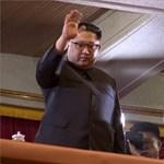 Kim Dzson Un olyat látott élőben, amilyet észak-koreai diktátor még soha