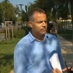 Videó: Juhász Péter a Fidesz-frakcióülésnél trollkodott, a rendőrség végül ráhagyta