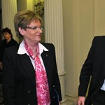 Népszava: újra egymásnak esett Pokorni és Hoffmann