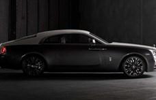 Legendás óceánátrepülésnek állít emléket ez az új Rolls-Royce