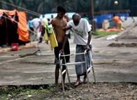 Újabb kitüntetést vontak vissza a rohingják mészárlását tétlenül tűrő mianmari vezetőtől