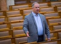 Kósa Lajos engedett az ellenzéknek, támogatja Müller Cecília meghallgatását a Honvédelmi bizottságban