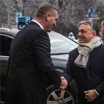 Egy asztalhoz ült ma reggel Orbán, Lázár és Botka - fotó, videó