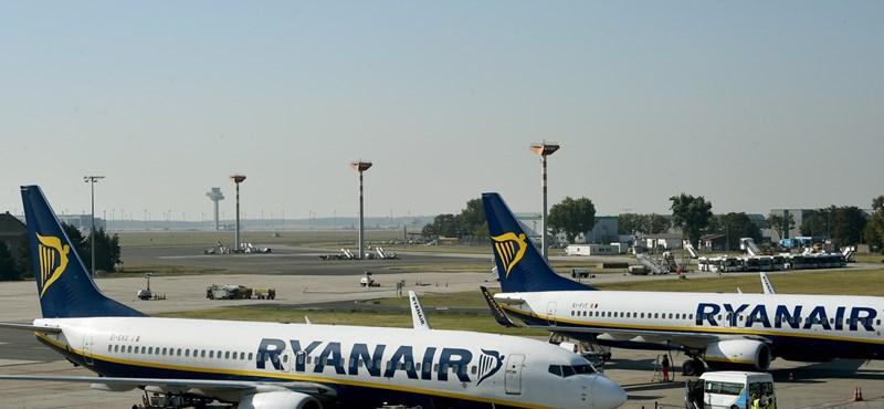 Napi 40-50 járatot töröl a Ryanair, van, aki haza sem tud jutni