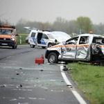 Ittas sofőr okozta a hat sérültes karambolt a 85-ösön – fotók