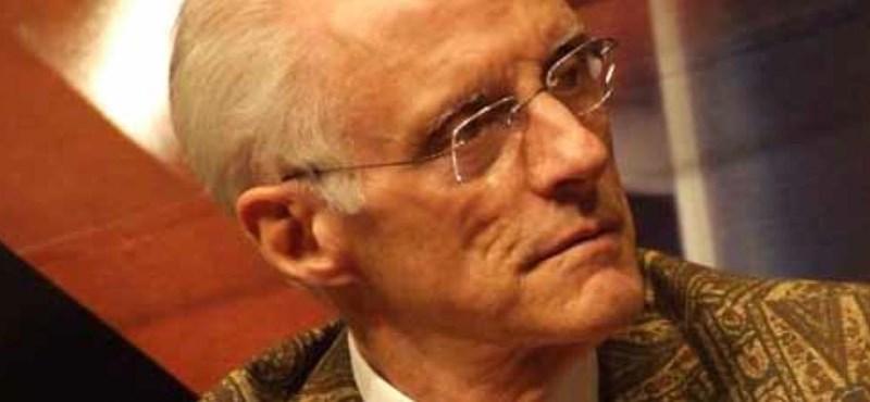 A gulyáslevest is beleírja új könyvébe Robin Cook