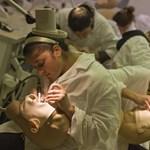 Mennyibe kerülnek az orvosi képzések itthon és külföldön?
