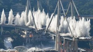 Ezrek evakuálása után felrobbantották a tavaly leomlott genovai hidat – képek, videó