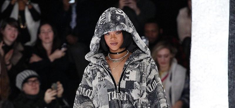 Felrobbant a közösségi média Rihanna új ruhája láttán - fotó