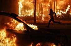 Az égő kanócra öntöttek egy hordó olajat az USA-ban