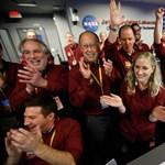 Hogy mit éreztek a NASA emberei, amikor az InSight leszállt a Marson? Mutatjuk – fotók, videó