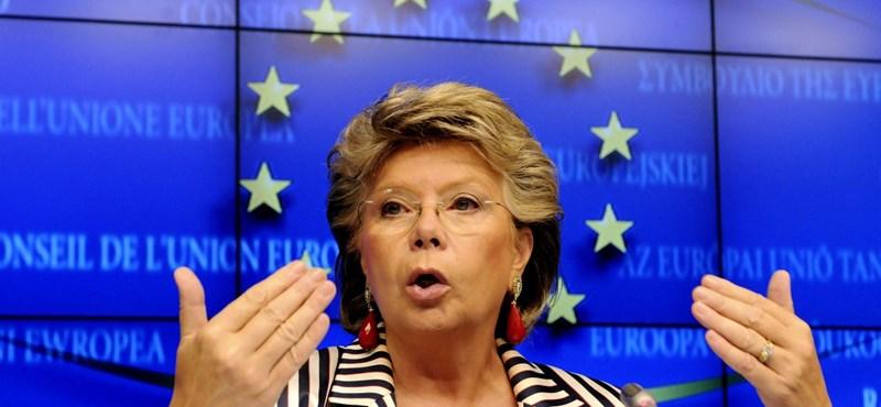 Viviane Reding: Felszólítom a Néppártot, hogy rakja ki Orbánt és a Fideszt