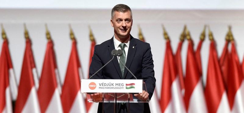 Kubatov szerint ha Trianont Orbán tárgyalja, Magyarországhoz csatolta volna az antant országok felét