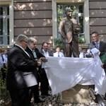 Rétvári az egész balliberális oldalt kiosztotta a Kornis-szobor miatt