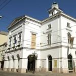 Koronavírus-fertőzések miatt tíz napra bezár a Miskolci Nemzeti Színház