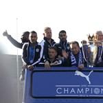 Videó: Óriási buli volt a Leicester City bajnoki parádéja