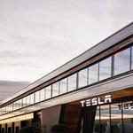 Leépíti első európai üzemét a Tesla