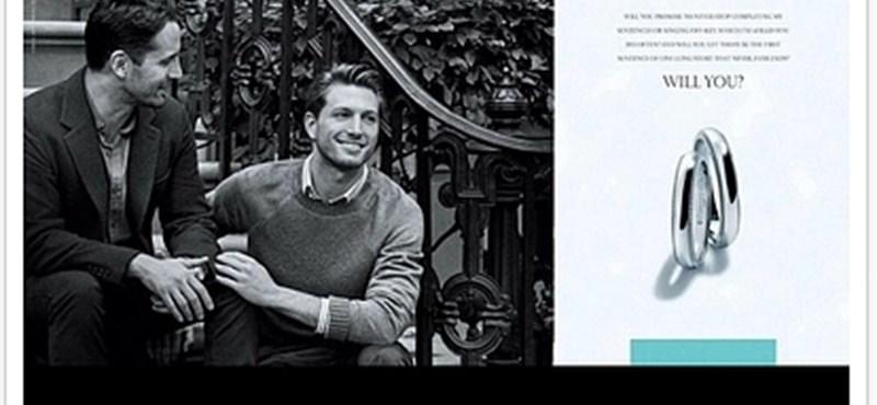 """""""Hozzámjössz?"""" – meleg jegyespárral reklámoz a híres Tiffany"""