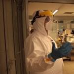 Merkely megmutatta a legsúlyosabb koronavírusos betegeket Till Attilának