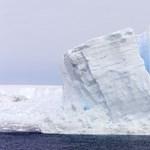 Egy fél budapestnyi jégtömb vált le az Antarktiszról – fotó