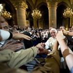 Bátor és modern - mindenkit sokkolt a pápa döntése