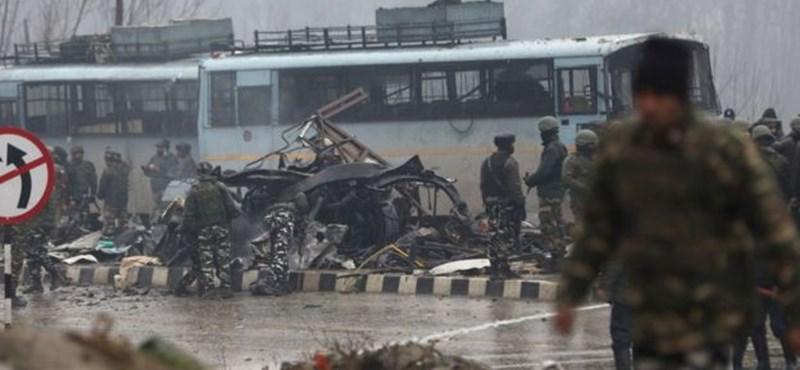 A háború szélére sodródott a két atomhatalom, Pakisztán és India