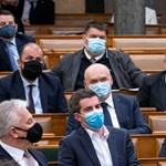 Jakab lekommunistázta Orbánt, aki erre bohócnak nevezte