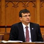 Három ordítóan gyanús közbeszerzés is köthető az ÁSZ-elnök megyei elnökségéhez