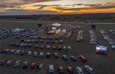 Péntektől ismét engedélyezik az autós koncerteket