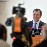 Szlávik János: Magas átoltottság esetén értelmetlen a vakcinaútlevél