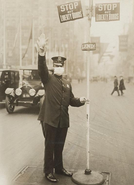 NAGYÍTÁS SPANYOL NÁTHA New York rendőr
