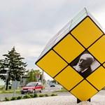 Fogadjunk, hogy nem látott még ekkora Rubik-kockát! – fotók