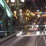 Hipnotikus videó: technóra takarítottak az FKF emberei a Szabihíd után