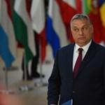 Videón az unortodox Orbán és az ortodox pópák villámtalálkozója