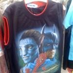 A nap pólója: Pókember, hozd a Batmobilt, mert jönnek az avatárok!