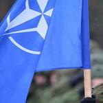 Nem mindenki kíván hosszú életet a NATO születésnapján