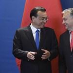 Amíg Orbán összeborult velük, Trump kereskedelmi háborúval fenyegeti a kínaiakat