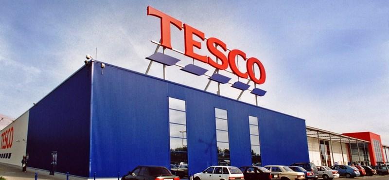Megkapják a Tesco pénztárosai az elmaradt munkabérüket