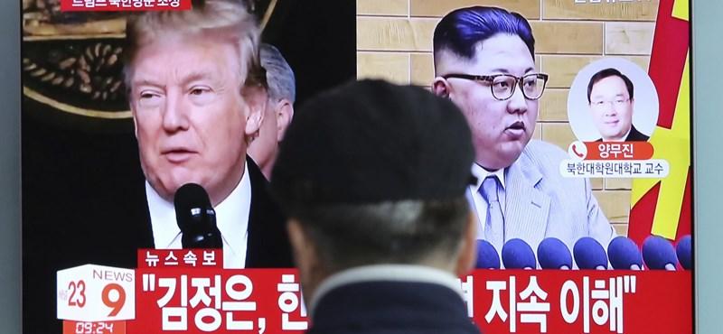 Emlékéremmel várják Donald Trumpot és Kim Dzsong Unt Szingapúrban