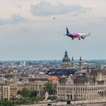 A Wizz Air-vezér keleti migránsokat akar