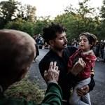Vak menekültlányt keresnek Magyarországon