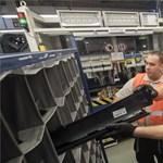 Fico elment egy gyárba és letolt egy éjszakai műszakot – fotók